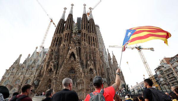 Strajk generalny przed hiszpańskim kościółem Sagrada Família - Sputnik Polska