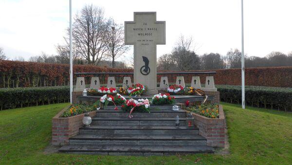 Pomnik polskich żołnierzy w Bredzie, Holandia - Sputnik Polska