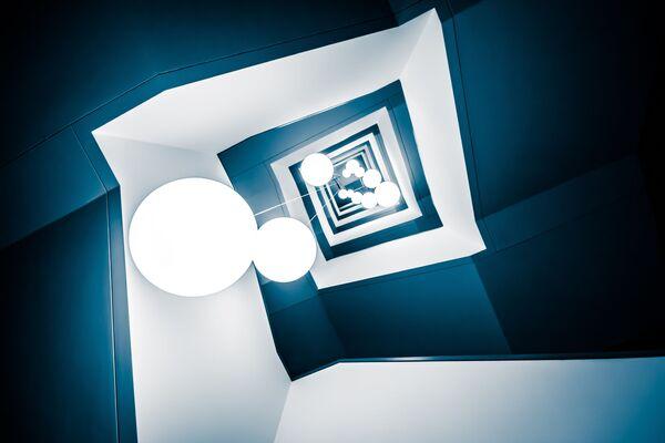 """Zdjęcie """"Deep Blue"""". Wykonał je fotograf z Niemiec Frank Seltmann w ramach konkursu fotograficznego World's Best Photos of #Blue2019 - Sputnik Polska"""