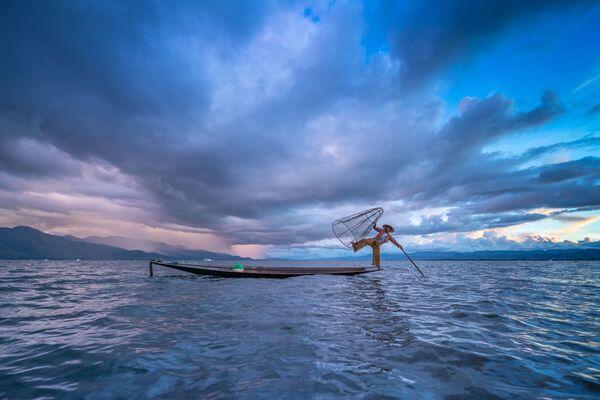 """Zdjęcie """"Blue Sky"""" przedstawione podczas konkursu fotograficznego World's Best Photos of #Blue2019 - Sputnik Polska"""