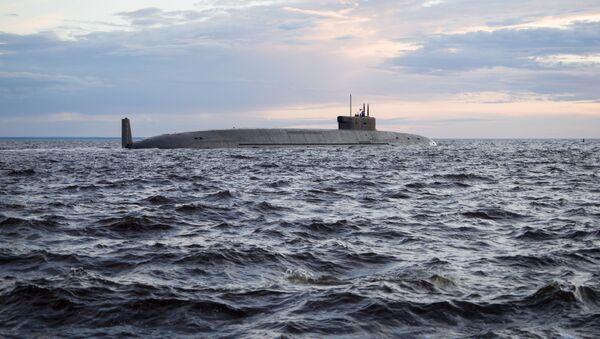 """Atomowy strategiczny podwodny krążownik rakietowy """"Książę Włodzimierz"""" na wodach Sewerodwińska - Sputnik Polska"""