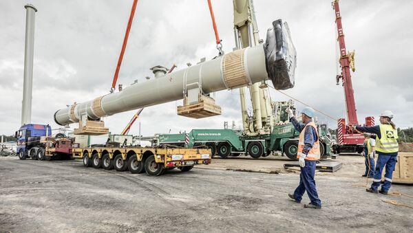 Instalacja kamery odbiorczej w gazociągu Nord Stream 2 na placu budowlanym w Lubminie - Sputnik Polska