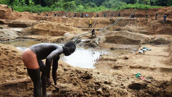 Wydobycie diamentów w Republice Środkowoafrykańskiej - Sputnik Polska