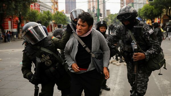 Zwolennik Evo Morales, zatrymany przez boliwijską policję w czasie protestów - Sputnik Polska