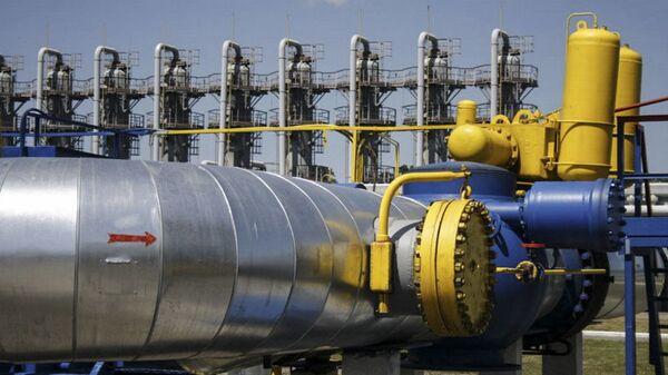 Przesył ropy gazociągiem Naftogazu - Sputnik Polska