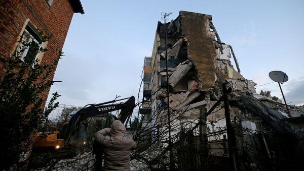 Skutki trzęsienia ziemi w Albanii - Sputnik Polska