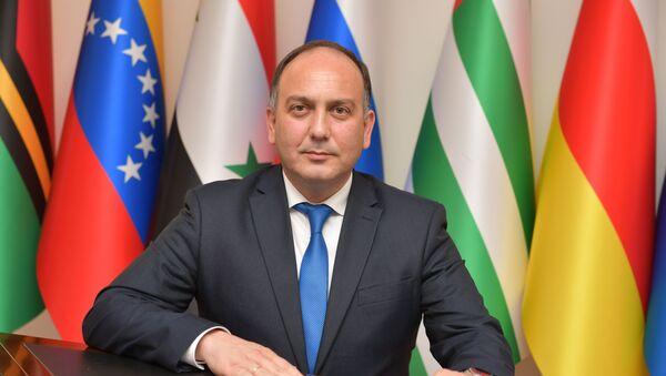 Minister spraw zagranicznych Abchazji Daur Kowe - Sputnik Polska