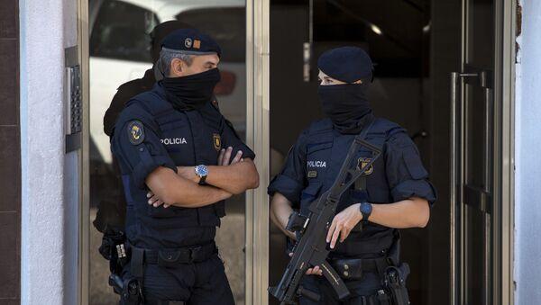 Hiszpańscy policjanci - Sputnik Polska
