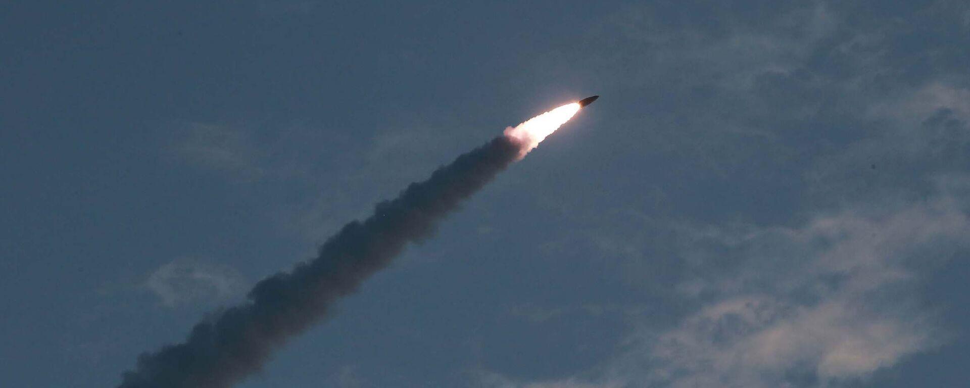Testy rakietowe w Korei Północnej - Sputnik Polska, 1920, 29.09.2021