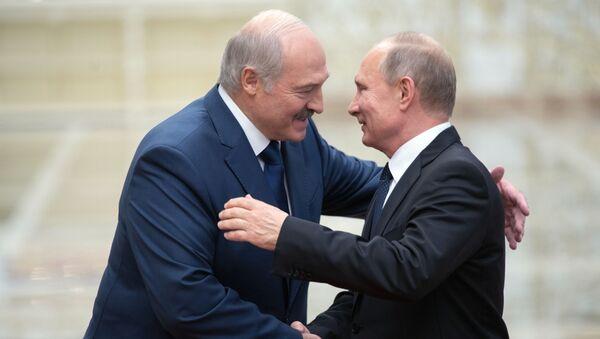 Alaksandr Łukaszenka i Władimir Putin - Sputnik Polska