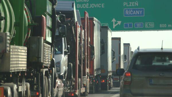 Ciężarówki na czeskiej granicy - Sputnik Polska