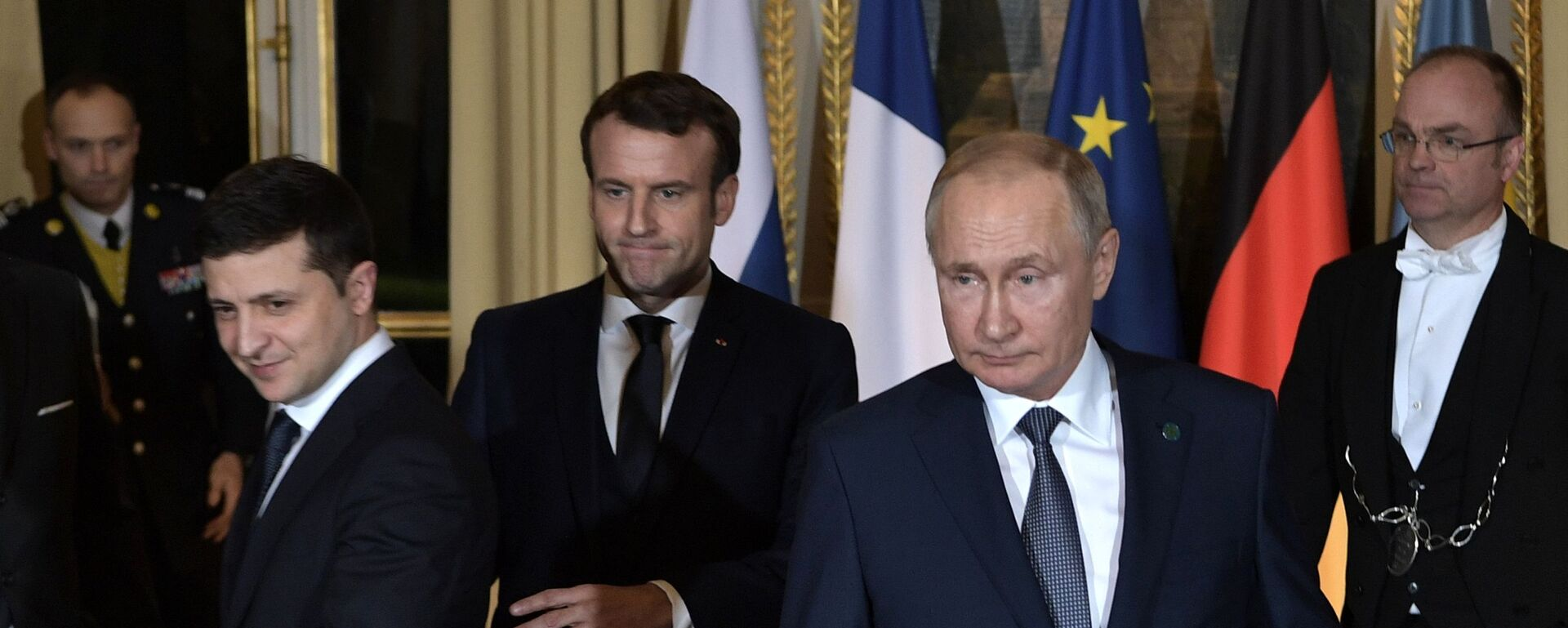 """Szczyt """"normandzkiej czwórki"""" w Paryżu. Wołodymyr Zełenski, Emmanuel Macron i Władimir Putin. - Sputnik Polska, 1920, 09.03.2021"""
