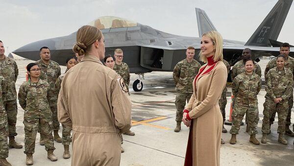 Ivanka Trump w bazie wojskowej USA w Katarze - Sputnik Polska