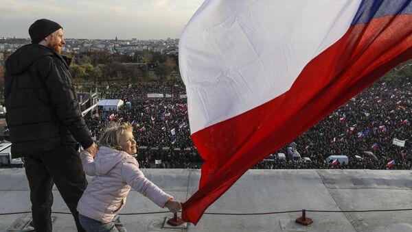 Protest antyrządowy w Pradze  - Sputnik Polska
