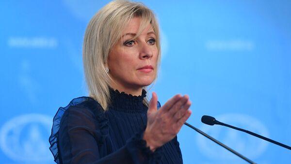 Maria Zacharowa na briefingu w Moskwie - Sputnik Polska