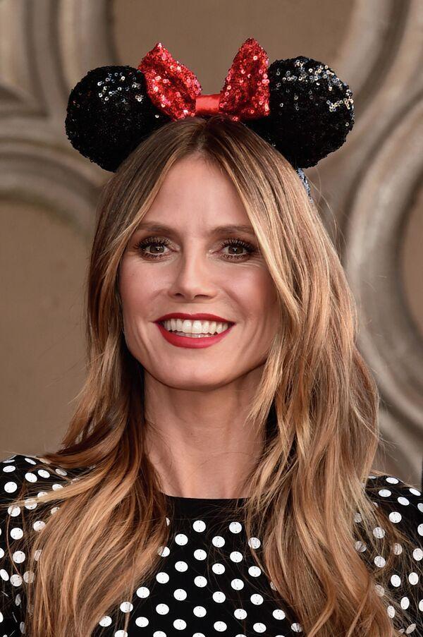 Modelka Heidi Klum podczas ceremonii z okazji 90. rocznicy Minnie Mouse w Hollywood  - Sputnik Polska