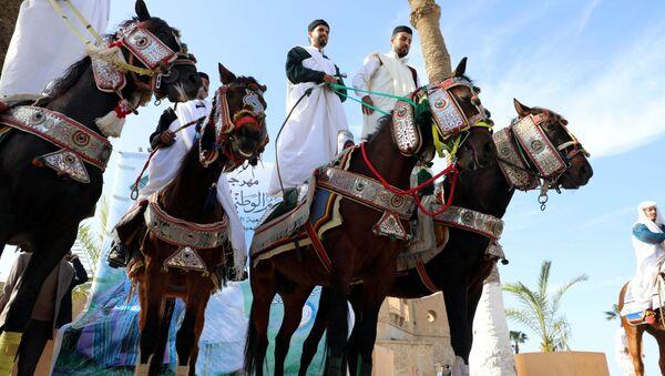 Uczestnicy Festiwalu kostiumów tradycyjnych w Trypolisie, Libia - Sputnik Polska