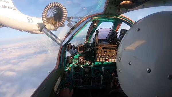 Tankowanie w powietrzu myśliwca MiG-31BM - Sputnik Polska