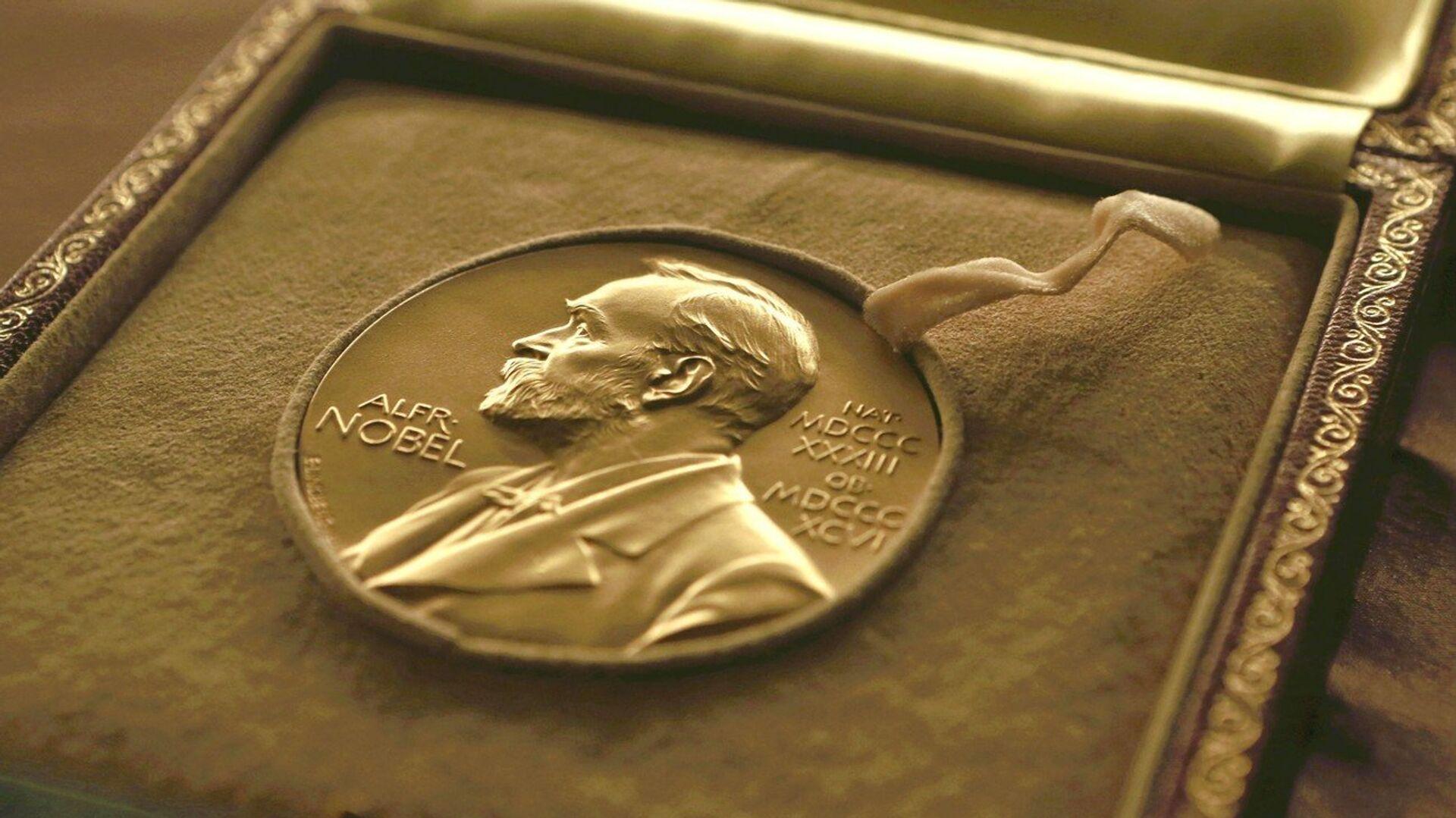 Medal wręczany laureatom Nagrody Nobla - Sputnik Polska, 1920, 08.10.2021
