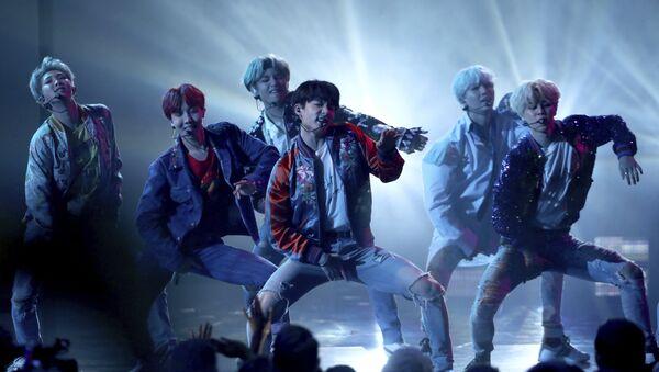 BTS podczas American Music Awards - Sputnik Polska