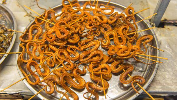 Grillowane węże - Sputnik Polska
