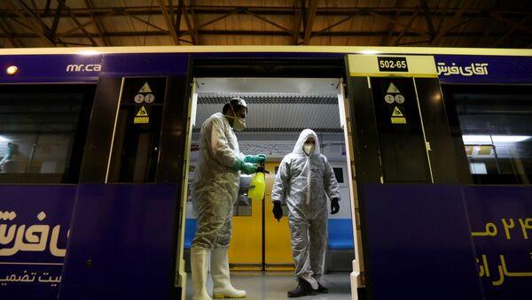 Dezynfekcja metra w Teheranie - Sputnik Polska