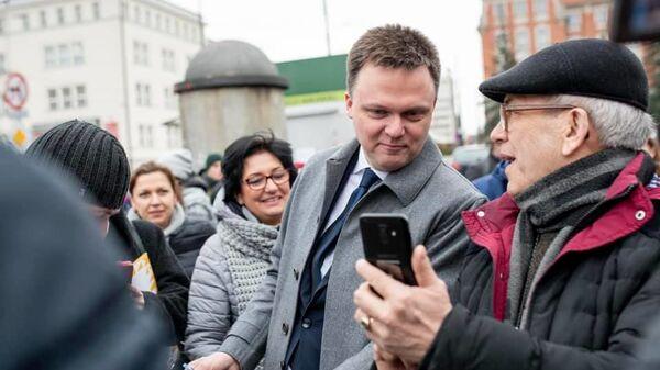 Kandydat na prezydenta Polski Szymon Hołownia - Sputnik Polska