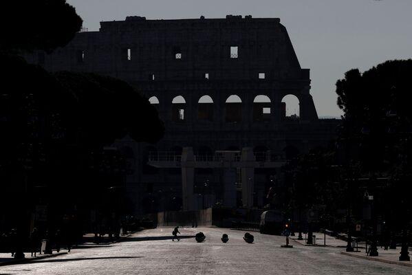 Koloseum bez turystów - Sputnik Polska
