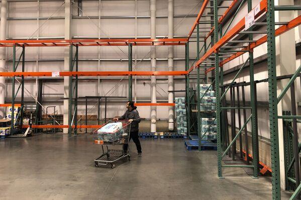 Puste półki w sklepach, USA - Sputnik Polska