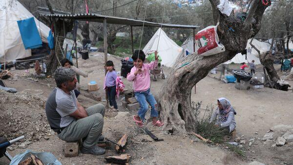 Obóz migrantów na wyspie Lesbos - Sputnik Polska