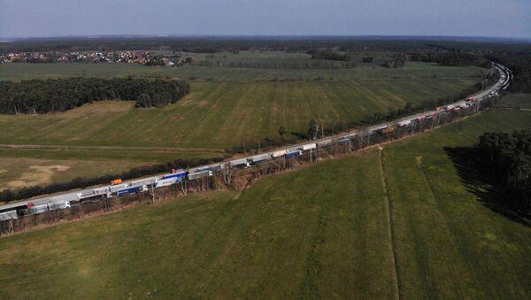 Korek z samochodów ciężarowych na granicy polsko-niemieckiej - Sputnik Polska