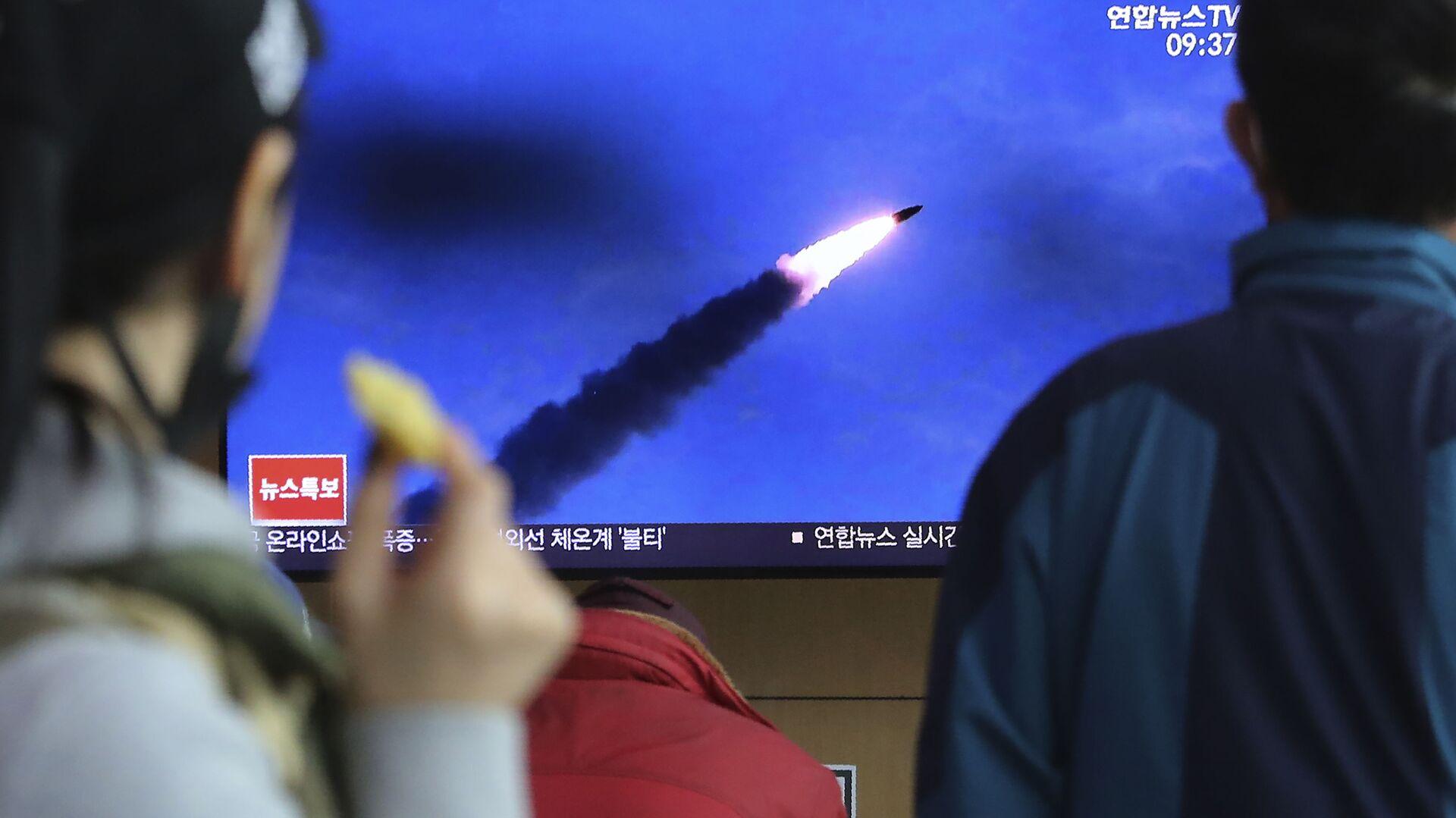Korea Północna wystrzeliła w sobotę nad ranem czasu miejscowego w kierunku Morza Japońskiego dwie rakiety, przypuszczalnie pociski balistyczne krótkiego zasięgu. - Sputnik Polska, 1920, 30.09.2021