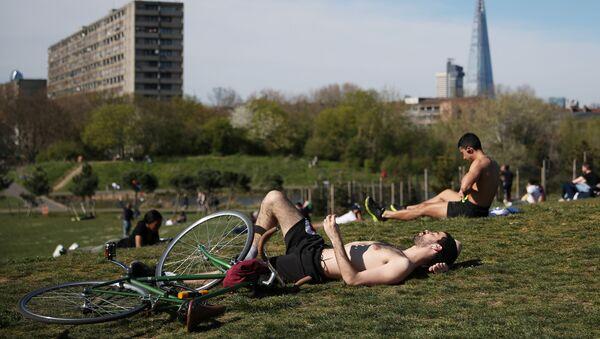 Burgess Park w Londynie - Sputnik Polska