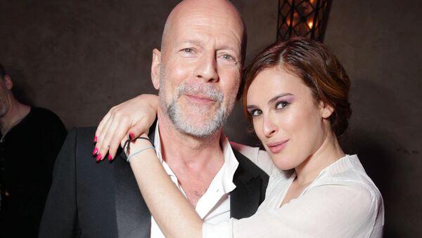 Amerykański aktor Bruce Willis z córką - Sputnik Polska