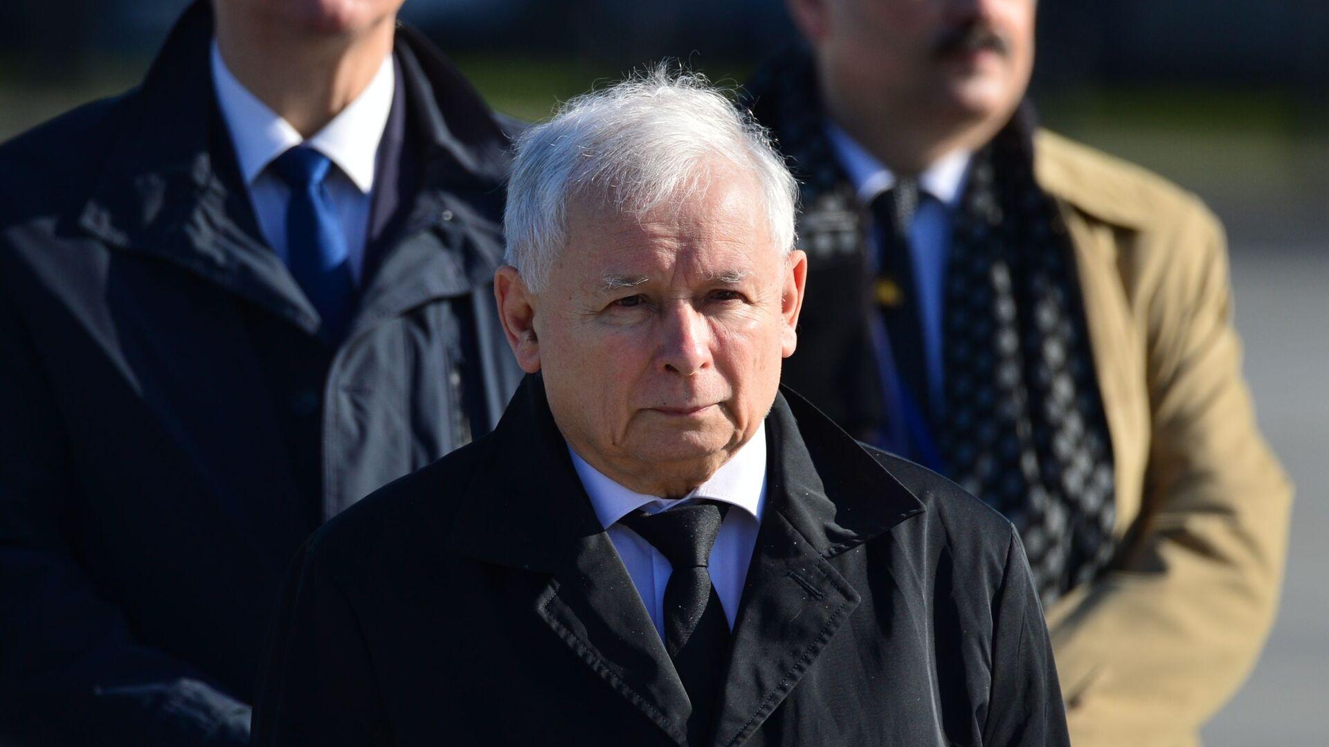 Jarosław Kaczyński podczas obchodów 10. rocznicy katastrofy pod Smoleńskiem - Sputnik Polska, 1920, 13.10.2021