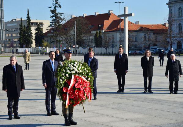 Obchody 10. rocznicy katastrofy pod Smoleńskiem - Sputnik Polska