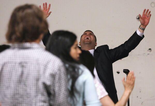 Pastor podczas mszy wielkanocnej w USA - Sputnik Polska