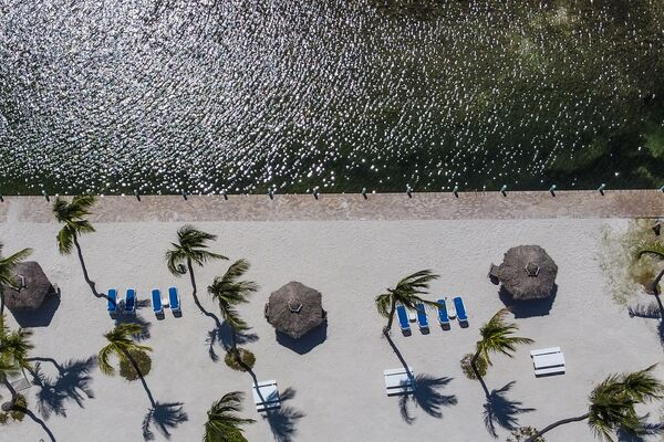 Pusta plaża na Florydzie  - Sputnik Polska