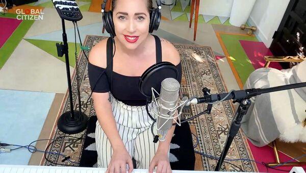 """Lady Gaga podczas dobroczynnego maratonu online """"One World: Together At Home"""" - Sputnik Polska"""