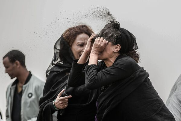 Zdjęce Relative Mourns Flight ET 302 Crash Victim, fot. Mulugeta Ayene, laureat konkursu World Press Photo 2020 - Sputnik Polska