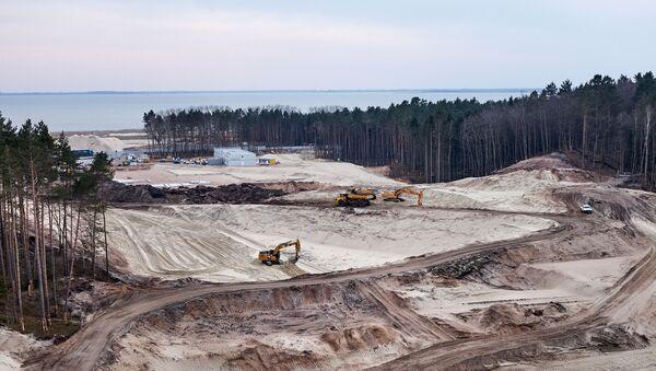 Prace przy przekopie Mierzei Wiślanej, stan terenu inwestycji w kwietniu 2020 r.  - Sputnik Polska
