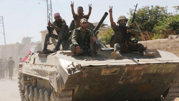 Syryjska armia w mieście Atshan w prowincji Hama - Sputnik Polska