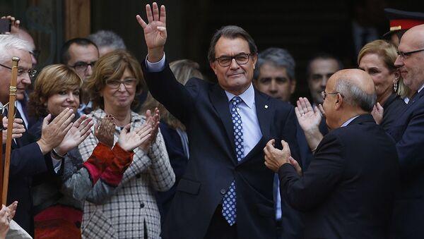 Przewodniczący rządu Katalonii Artur Mas zeznawał w Sądzie Najwyższym Katalonii - Sputnik Polska
