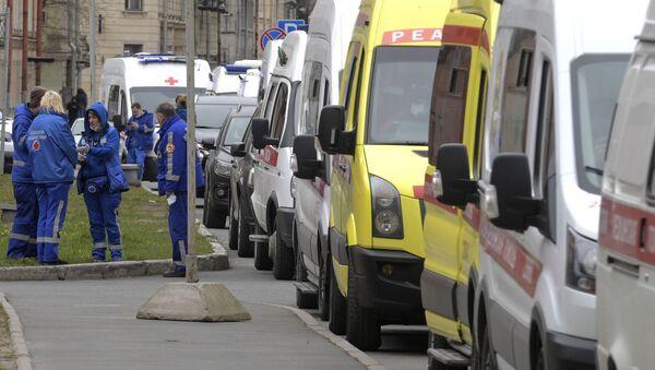Epidemia koronawirusa w Petersburgu. - Sputnik Polska