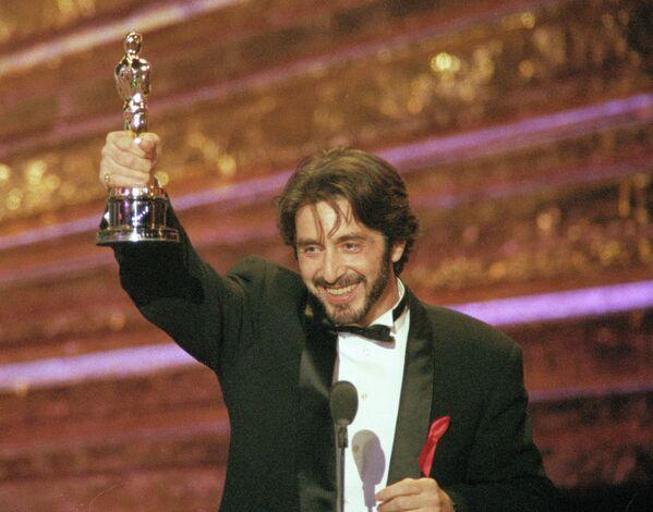 """Aktor Al Pacino zdobył Oscara jako najlepszy aktor, za rolę w filmie """"Zapach kobiety"""" - Sputnik Polska"""