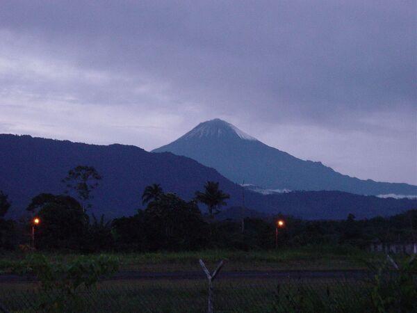 Wulkan Ekwadorski Sangai - Sputnik Polska