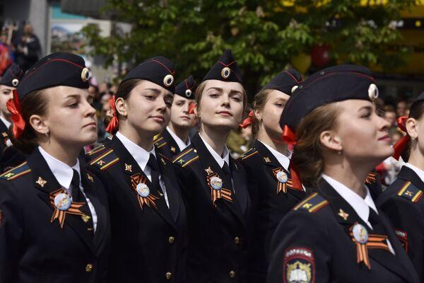 Kadetki na Paradzie Zwycięstwa w Symferopolu, 2017 rok - Sputnik Polska