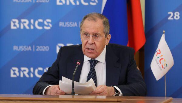 Minister spraw zagranicznych Rosji Siergiej Ławrow w czasie transmisji online z posiedzenia ministrów spraw zagranicznych państw BRICS w trybie wideokonferencji - Sputnik Polska