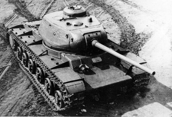Ciężki czołg KW-85 - Sputnik Polska