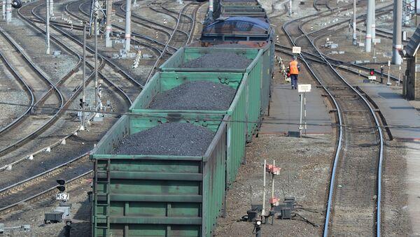 Wagony z węglem - Sputnik Polska